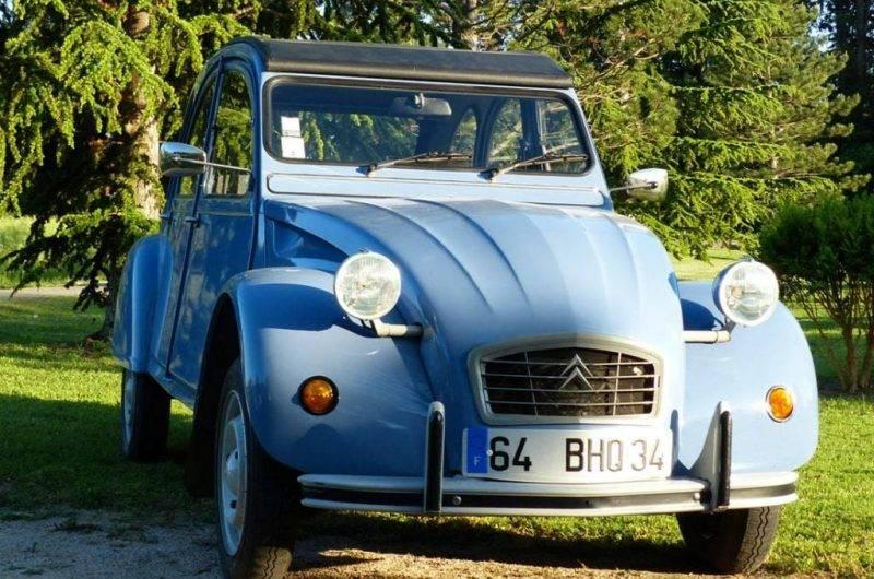 2cv-bleue-face